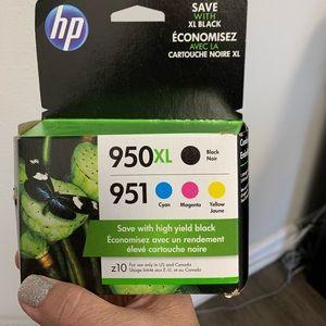 New Hewlett-Packard 950 XL Black & 951 Color Pack